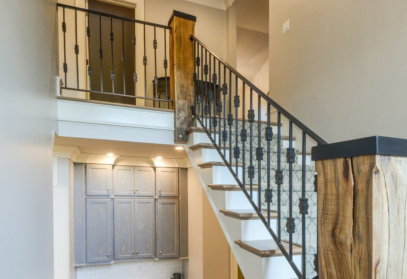 Custom metal stair railings louisville ky heck 39 s metal for Interior iron railing designs