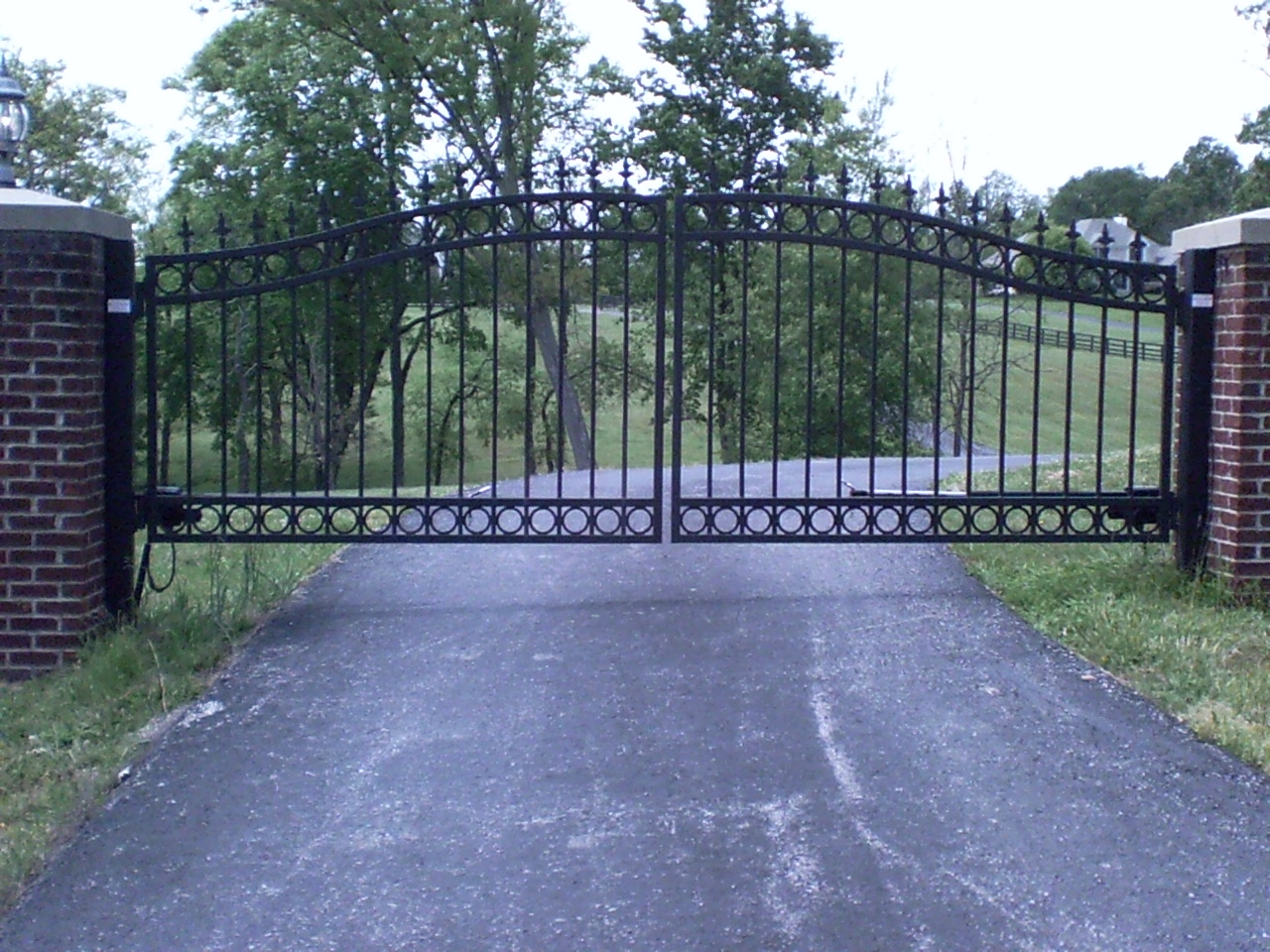 Metal Driveway Gates In Louisville Ky And Southern